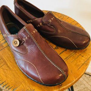 Clark's Brown Leather Slip On Comfy Shoes sz 10 M